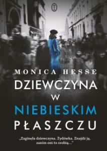 Dziewczyna w niebieskim plaszczu 213x300 - Dziewczyna w niebieskim płaszczuMonica Hesse